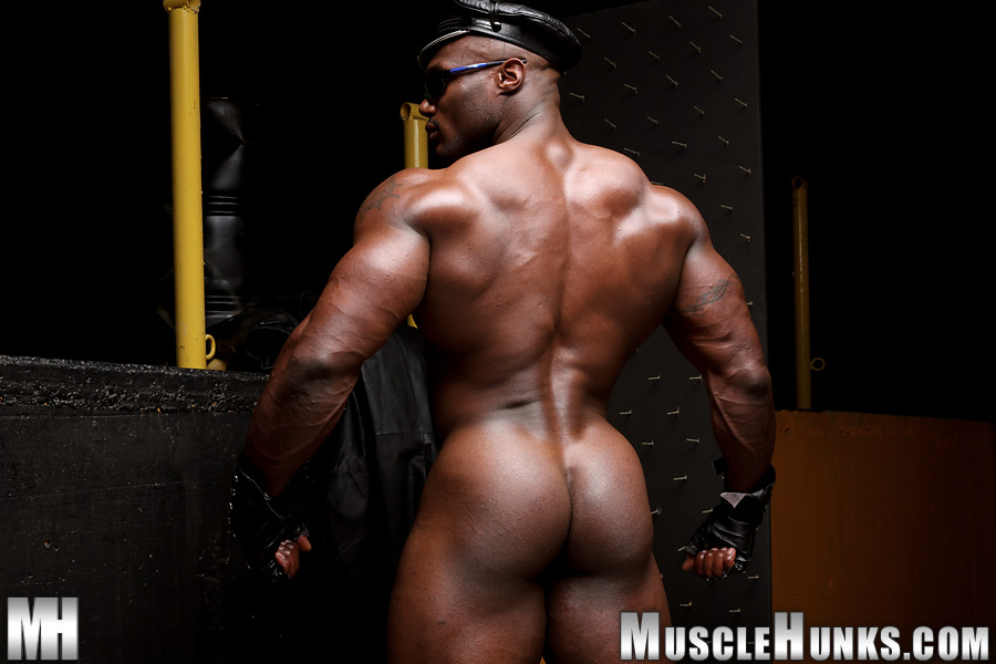 Male strippers getting blowjobs